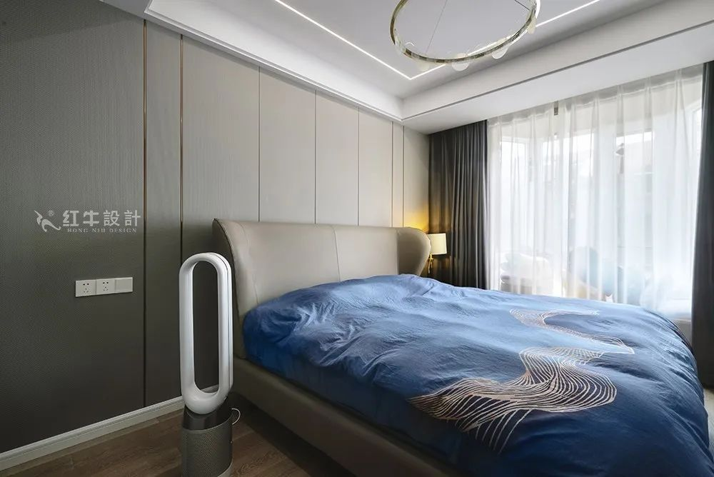 余玮_金鼎湾花园135㎡轻奢风格--老房升级改造,前后对比大变样!18卧室欣赏