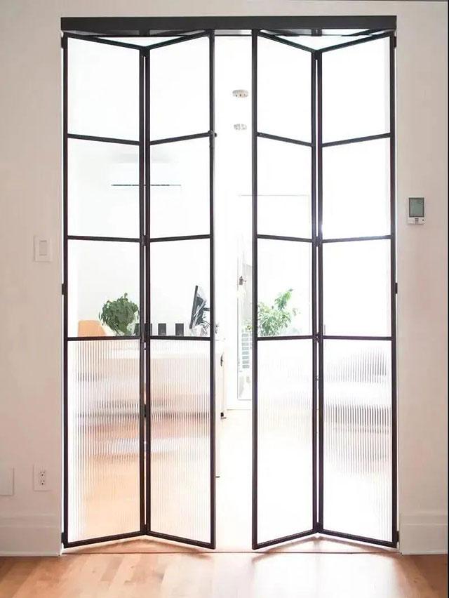 想装玻璃推门,哪种更适合?